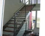 Металлическая лестница тетива