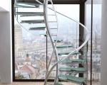 Стеклянная лестница винтовая