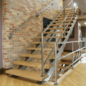 Металлические лестницы на косоурах